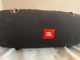 altavoces JBL xtreme 2